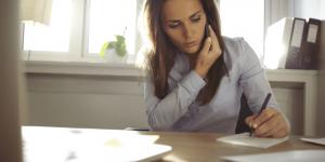 secretary remote 300x150 - [Especialista Remoto] Gestão de Relacionamento com o Cliente   Sandra Tarallo