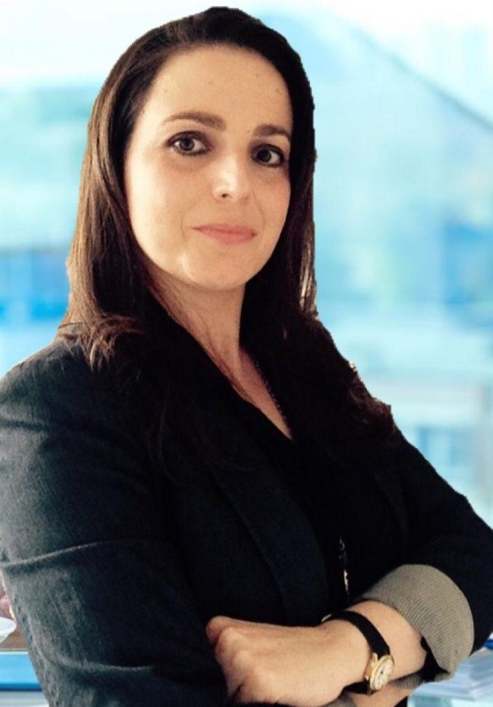 Sandra Tarallo 1 714x1024 - A Secretária do Futuro